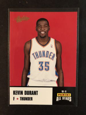 Kevin Durant 2010-11 Panini Absolute Memorabilia Basketball Card. Kevin Durant Oklahoma City Thunder Basketball Trading Card for Sale in Chicago, IL