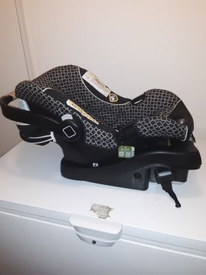 Safety First car seat for Sale in Queen Creek, AZ