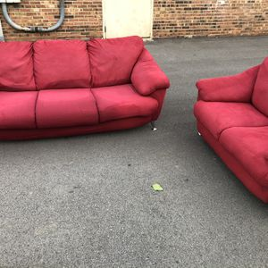 Couch And Love Sest for Sale in St. Louis, MO