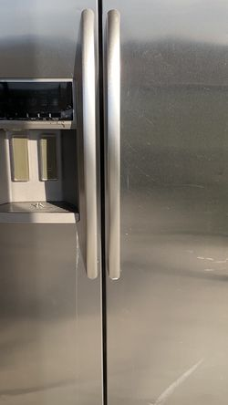 Kitchen Aid Stainless Fridge for Sale in Stanfield,  OR