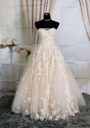 Floral ballgown wedding dress/prom dress for Sale in Fort Lauderdale, FL