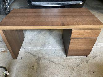 IKEA Malm Desk for Sale in Los Angeles,  CA
