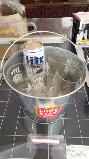 Dallas cowboys miller lite glasses and superbowl collectible can for Sale in Fort Worth, TX