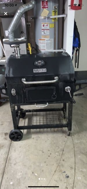 Charcoal BBQ for Sale in Modesto, CA