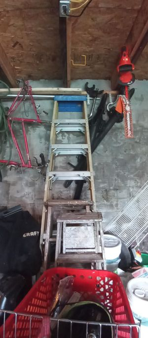 A frame ladder 10ft for Sale in Cleveland, OH
