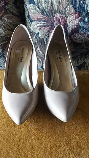 Comfort Plus by prediction( size 7) pointed to high heel dress tan pump shoes for Sale in Portland, OR