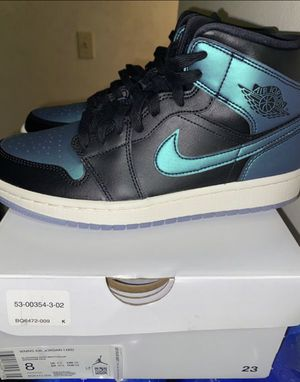 authentic women's nike air jordans SIZE 8 for Sale in Milwaukee, WI