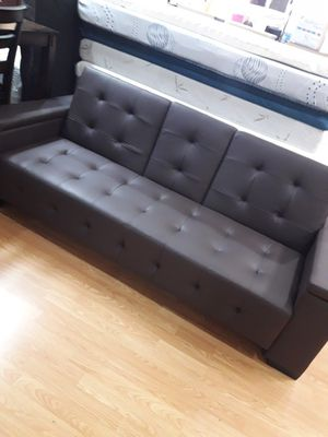 Brown leather futon with cup holder for Sale in Rialto, CA