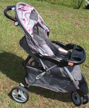 Baby stroller for Sale in Kissimmee, FL