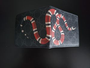Gucci wallet for Sale in Dallas, TX