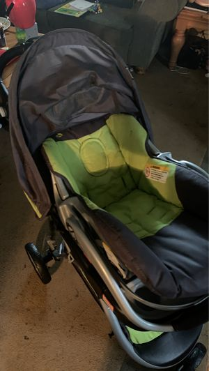 Car seat/ stroller for Sale in Fort Washington, MD