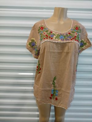 Blusa Bordada for Sale in CTY OF CMMRCE, CA