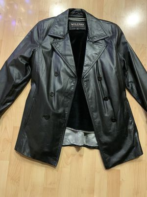 Woman's Wilson's Leather trench coat for Sale in Las Vegas, NV