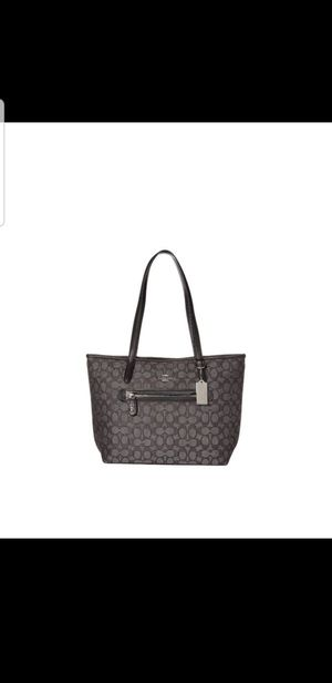 Coach Signature Taylor Tote for Sale in Phoenix, AZ