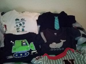 Box of baby boy clothes 0/3m for Sale in Fresno, CA