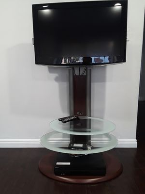 Samsung LCD tv 32 inch 🖥 with sony 📀 dvd including tv stand 🎞🤗🤗🤗🤗 for Sale in Glendale, CA