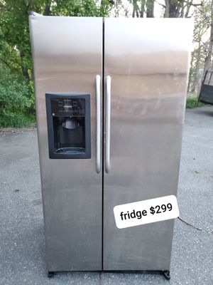 GE stainless steel fridge good working conditions for Sale in Denver, CO
