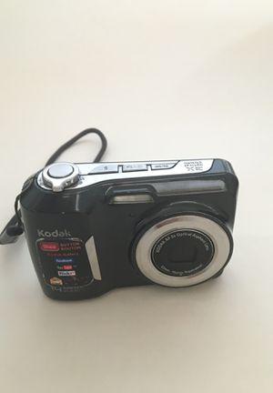 Kodak EasyShare CD83 Digital Camera 14 megapixel Point and Shoot / Camara digital para fotos for Sale in Grand Prairie, TX