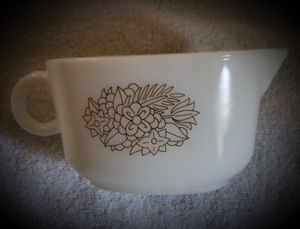 Pyrex gravy bowl for Sale in Omaha, NE