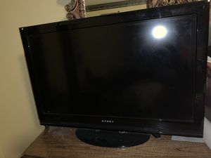 32 inc TV for Sale in Avon, OH