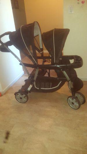 Graco double stroller for Sale in Lodi, CA