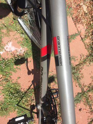 Road master men's mountain bike for Sale in Union City, CA