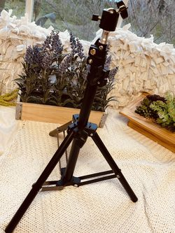 Tabletop Light Stand for Sale in Riverside,  CA