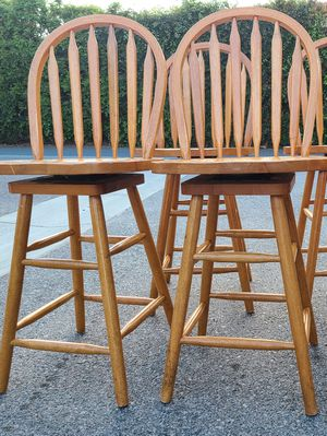 High Chairs (2) for Sale in Tustin, CA