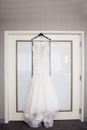 Wedding dress for Sale in Tacoma, WA