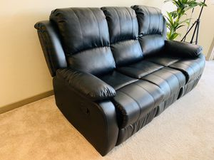 3 Seat Leather Recliner Sofa Black for Sale in Pleasant Hill, CA