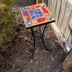 Indoor/ Outdoor Side Table for Sale in Columbus,  OH