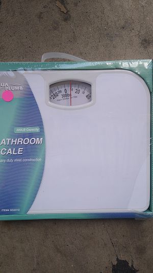 300LBS CAPACITY BATHROOM SCALE. for Sale in City of Industry, CA