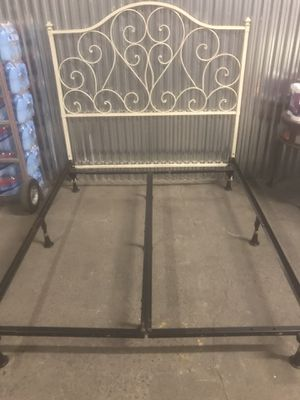 Bedframe for Sale in Philadelphia, PA