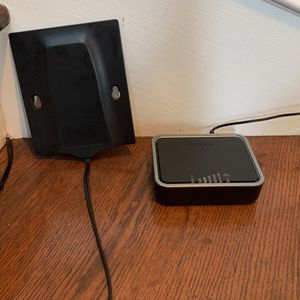 Netgear LB1120 SIM Modem - AT&T + Other Carriers for Sale in Stanford, CA