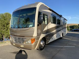 2006 pace arrow 36 foot has only 28,000 miles immaculate for Sale in San Fernando, CA