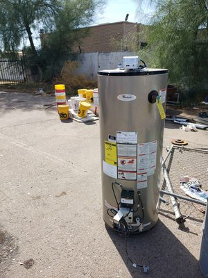 Gas water heater for Sale in Phoenix, AZ