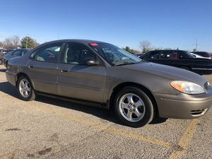 05 Ford Taurus for Sale in Columbus, OH