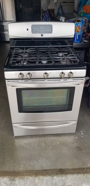 KENMORE STOVE, DISHWASHER AND MICROWAVE. for Sale in Long Beach, CA
