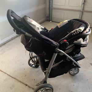 graco car seat and stroller for Sale in Dallas, GA