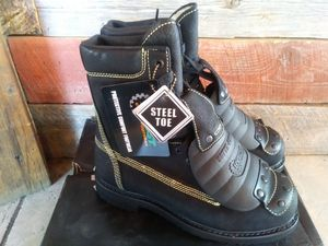 Brand new hytest work / winter boots for Sale in Taylor, MI