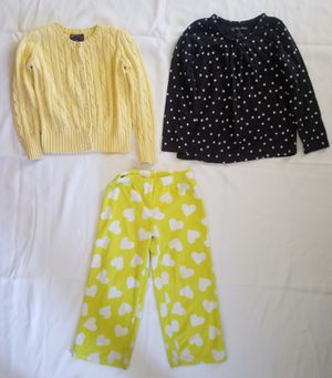*****GIRLS CLOTHES LOT SIZE 5***** for Sale in Fresno, CA