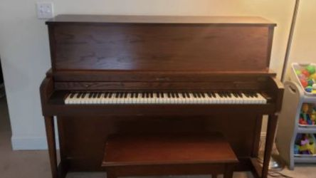 Baldwin Upright Piano for Sale in Fort Myers,  FL