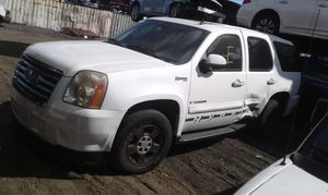 GMC Yukon for parts out 2007 for Sale in Opa-locka, FL