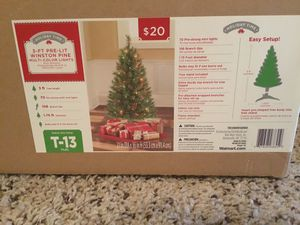 Pre-lit Christmas Tree for Sale in Memphis, TN