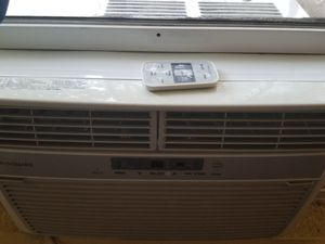 Frigidaire air conditioner with remote control for Sale, used for sale  Los Angeles, CA