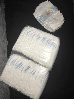 Pampers Newborn Diapers for Sale in Bayonne, NJ