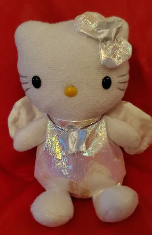 """HELLO KITTY HOLLIDAY WHITE ANGEL BEANIES PLUSH TOY APROX 5"""" INCHES PRE-OWNED IN GOOD CONDITION for Sale in Compton, CA"""