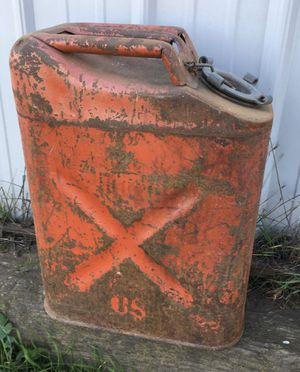 Vintage gas can for Sale in Oakdale, CA