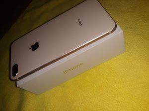 iPhone 8 Plus Rose gold for Sale in Aurora, CO