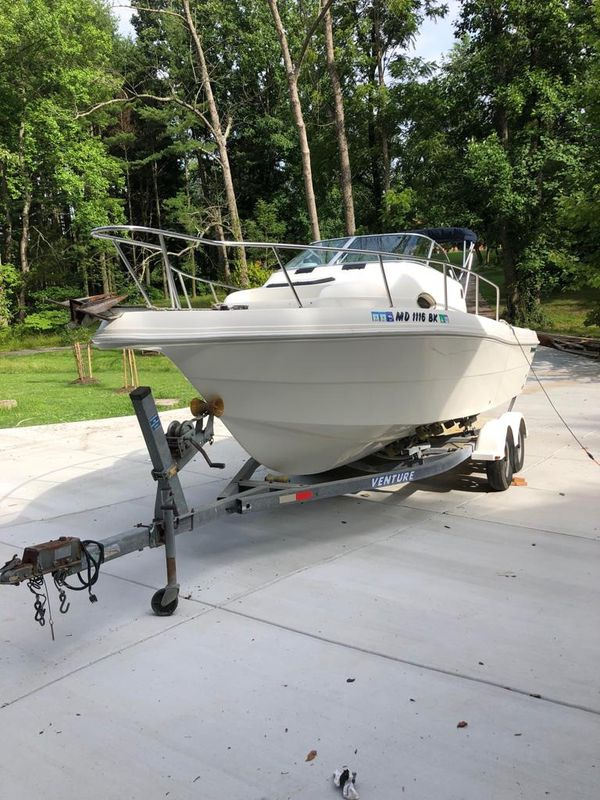 2003 Caravelle walk around boat